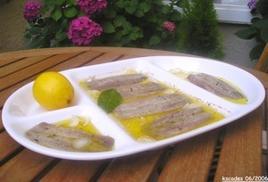 Sardines fraîches marinées à l'huile d'olive et au citron
